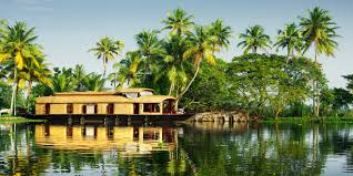 Kerala Tour- package, Backwaters & Wild life With Credence Travel